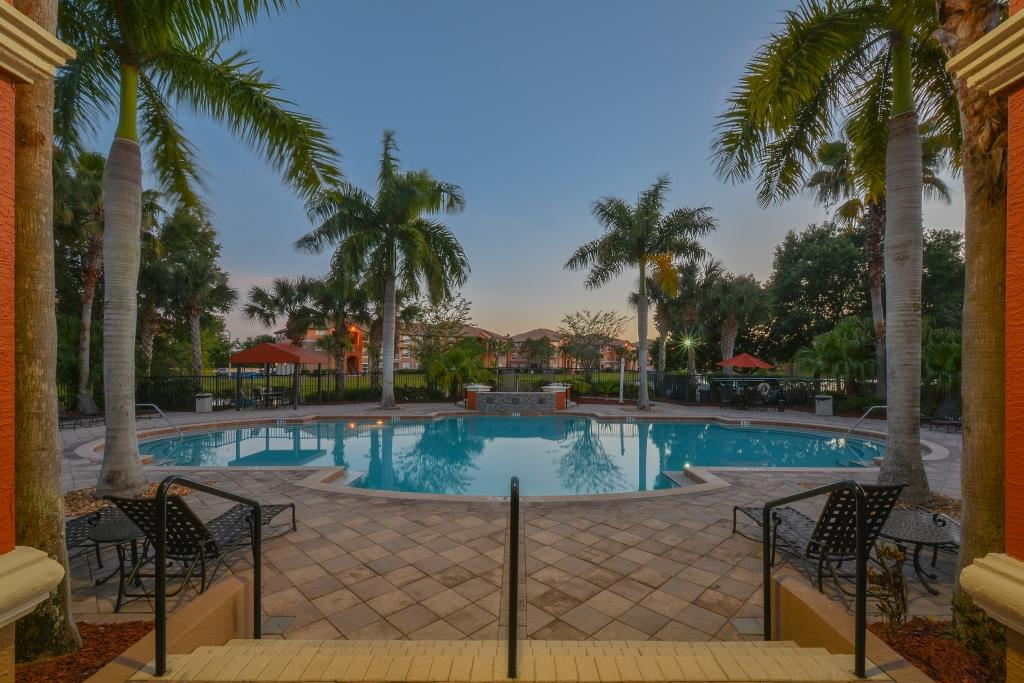 Beautiful Pool |Apartments in Fort Myers | Park Crest at the Lakes