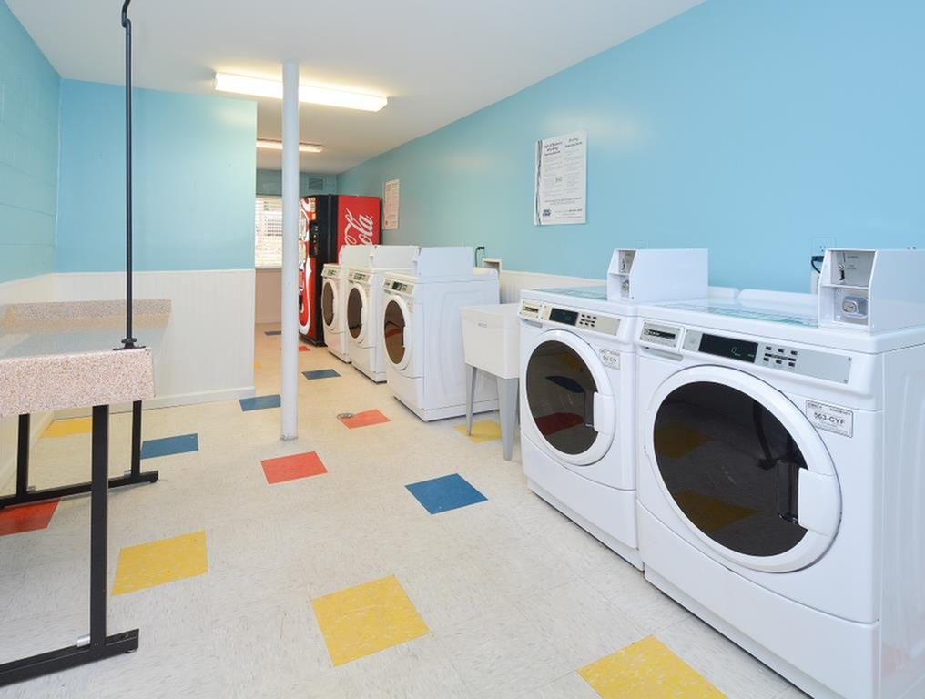 Resident Laundry Room | Charlotte Apartments | Charlotte Woods