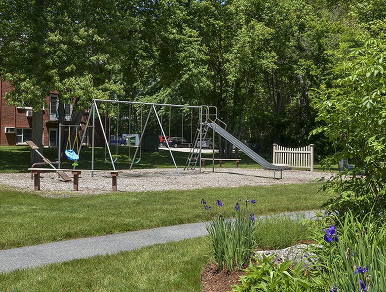 Playground | Brook Haven Estates Apartment Homes