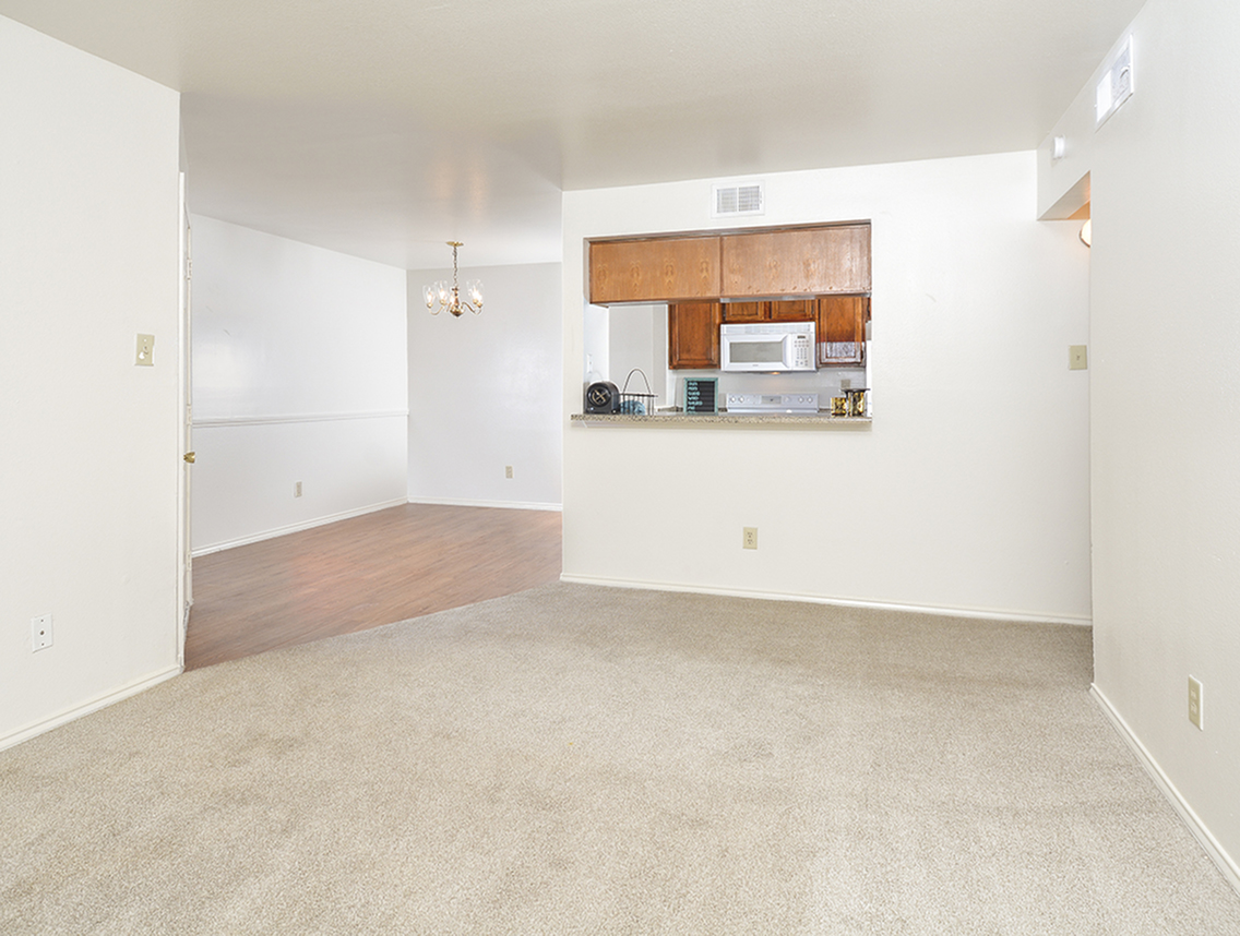 Living Area | Dining Area | Open Kitchen | Stoneleigh Apts