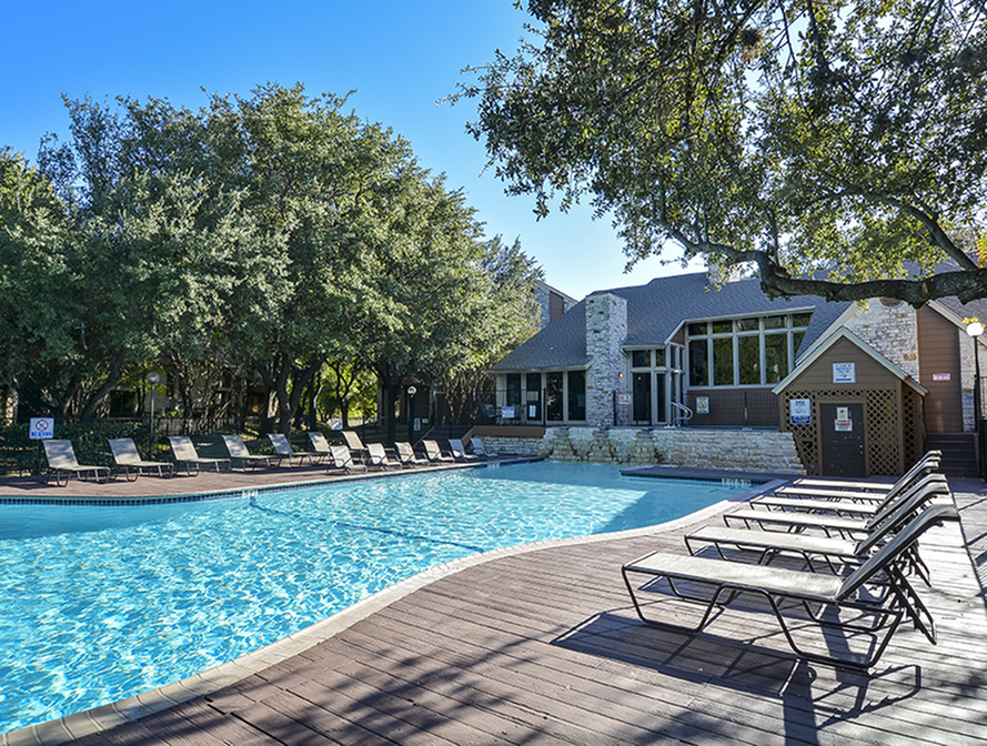 Large Pool Area | Willow Brook | Austin Texas Apts