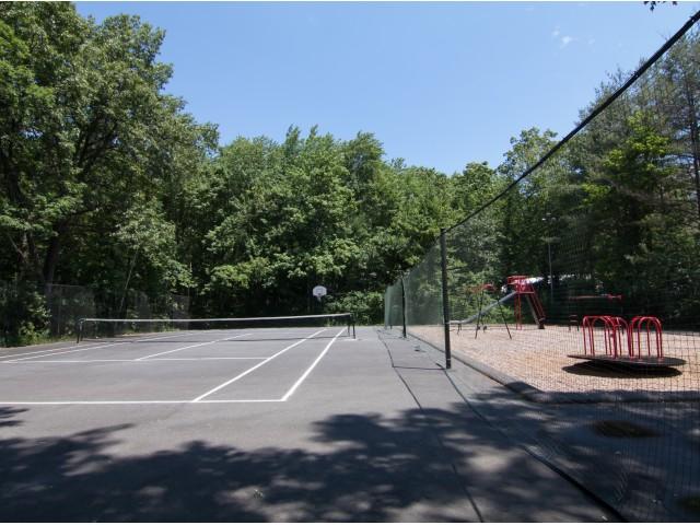 Playground | Tennis Courts | Heritage Gardens Apts