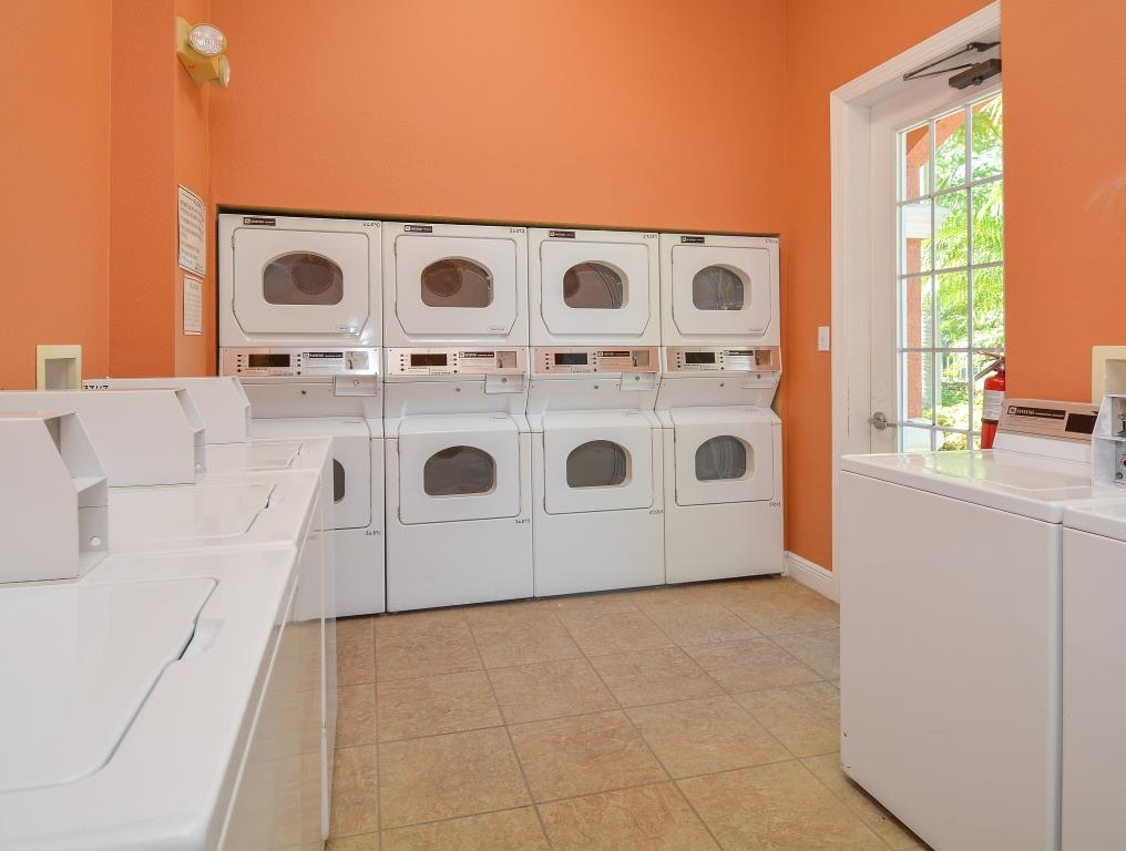 Laundry on-site | Fort Myers Apartments | Park Crest at the Lakes