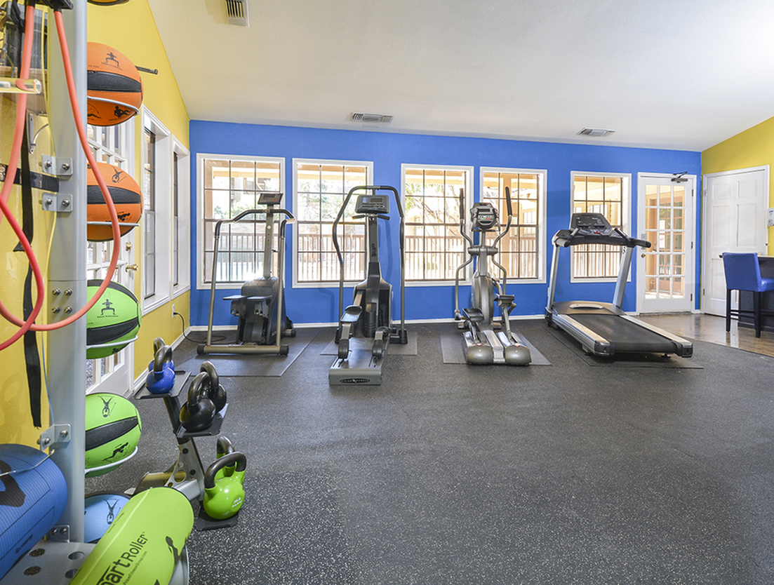 Fitness Equipment | Fitness Center | Stoneleigh Apartments