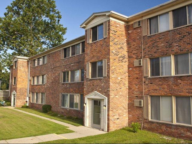 royal oak mi apartment rentals wagon wheel apartments apartments in royal oak. Black Bedroom Furniture Sets. Home Design Ideas