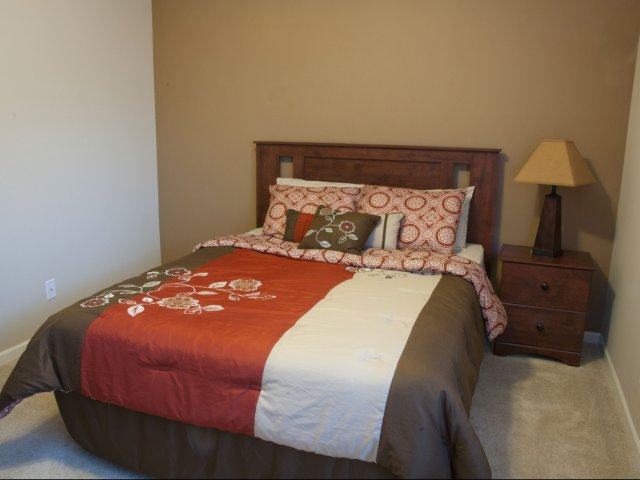 Georgetown apartments photo gallery luxury apartments in for One bedroom apartments manhattan ks