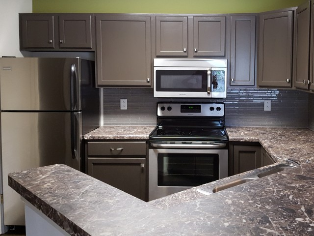 Granite Countertops - Georgetown Apartments - Manhattan KS