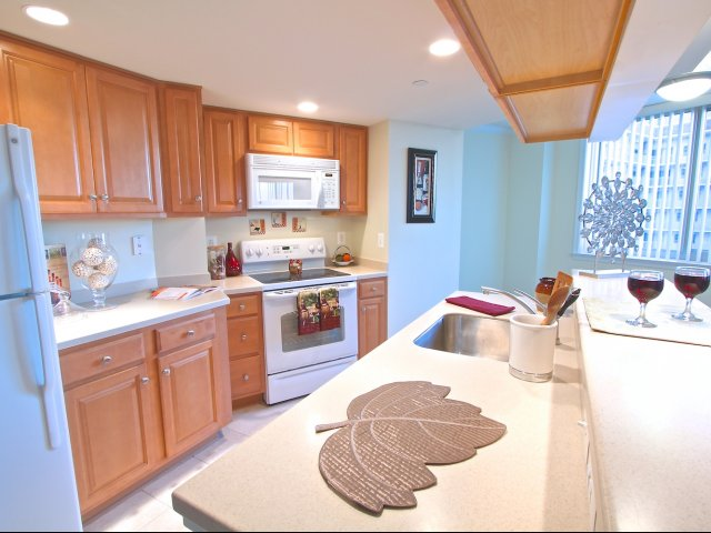 Image of Fully Equipped Kitchen for Quincy Plaza