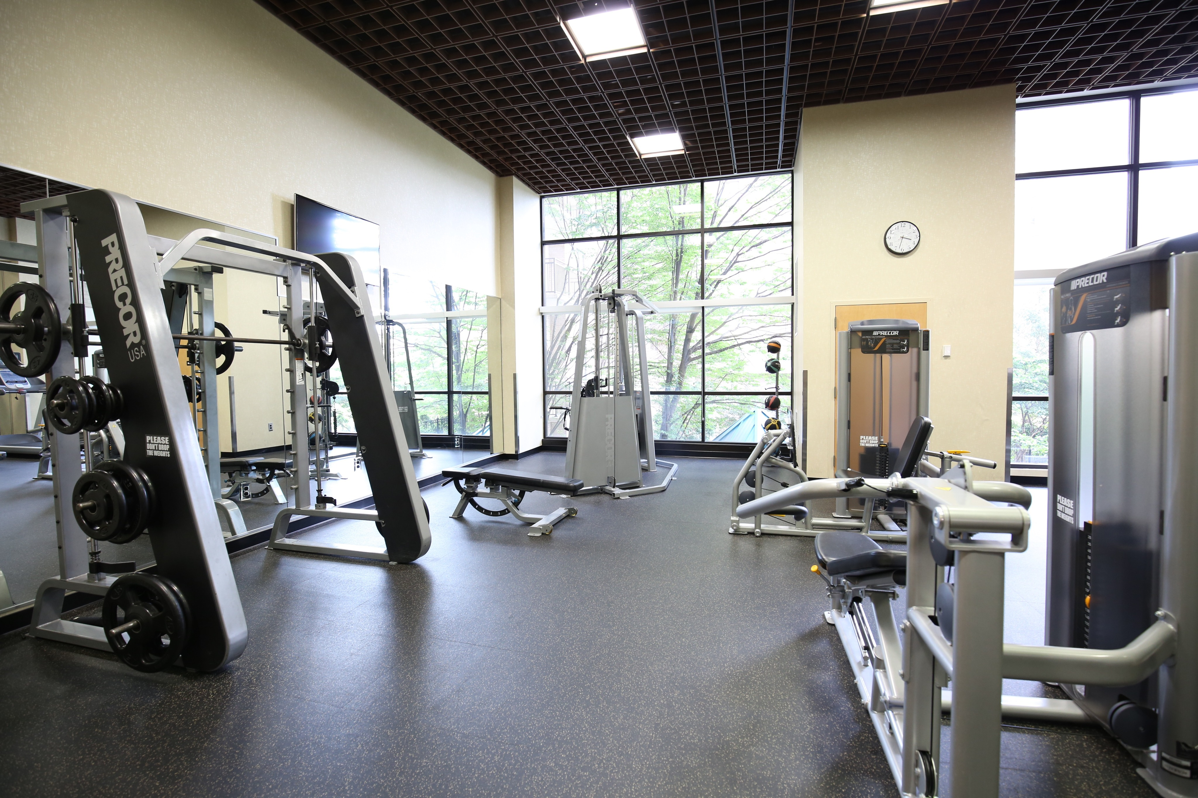 Cutting Edge Fitness Center | Richmond Square