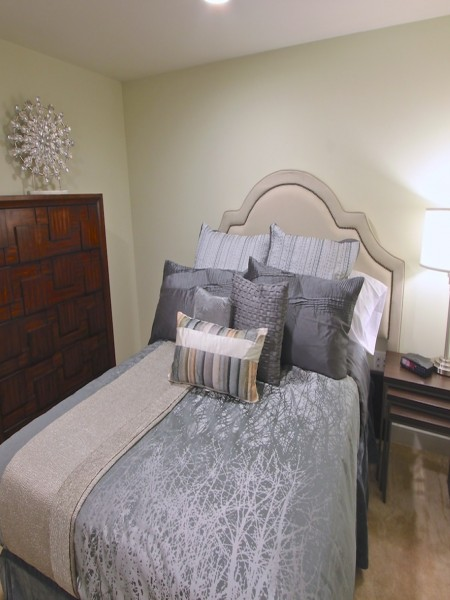 Elegant Master Bedroom | 4 Bedroom Apts in Arlington, VA | Thomas Place