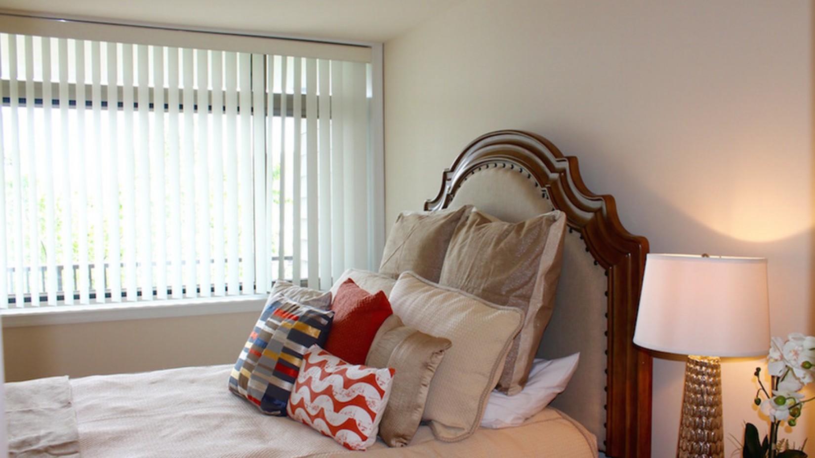 Luxurious Bedroom | Luxury Arlington VA Apartments | Wildwood Towers