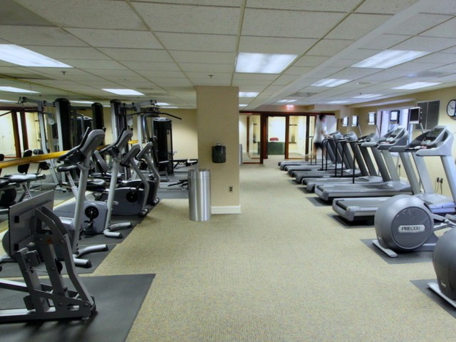 Cutting Edge Fitness Center | Arlington Apartments | Courtland Towers