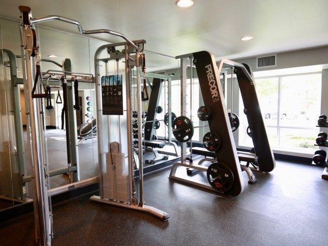 Resident Fitness Center | Apartments In Alexandria VA | Edlandria