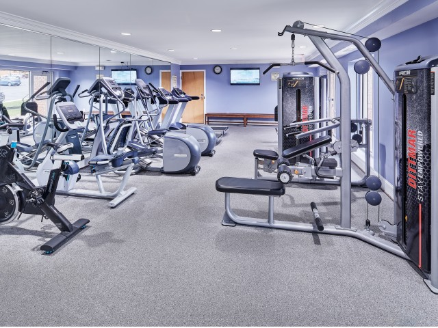 Resident Fitness Center | Apartments In Fairfax | Cavalier Court