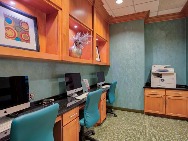 Community Business Center | Arlington VA Apartments Near Metro | The Amelia