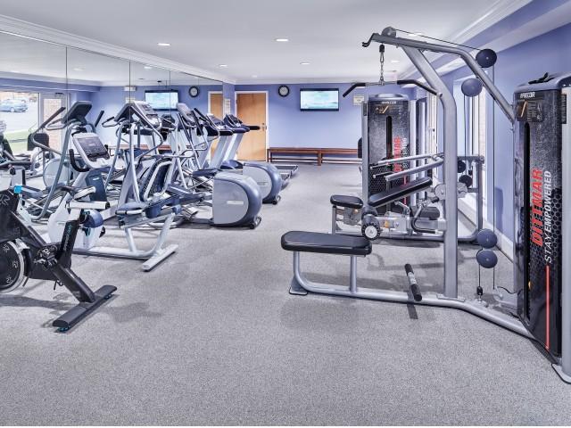 Resident Fitness Center | Apartments In Fairfax | Cavalier Court