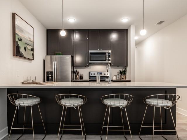 Big Kitchen Island, Indianapolis Apartments