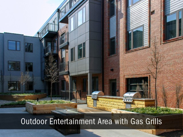 Outdoor Grills and Communal Kitchen, Indianapolis Apartments