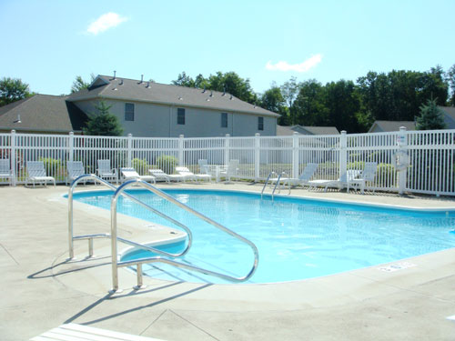 Image of Swimming Pool for Sawgrass Apartments