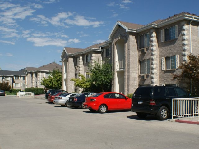 On Site Parking | BYU Student housing in Provo