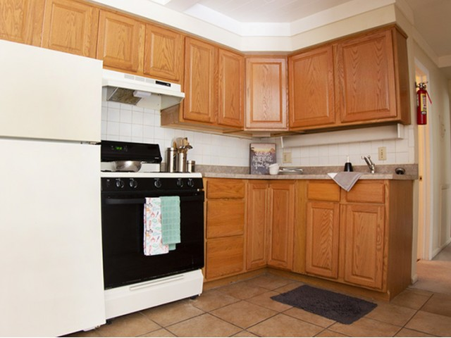 2 Bed 1 Bath Apartment In State College Pa University