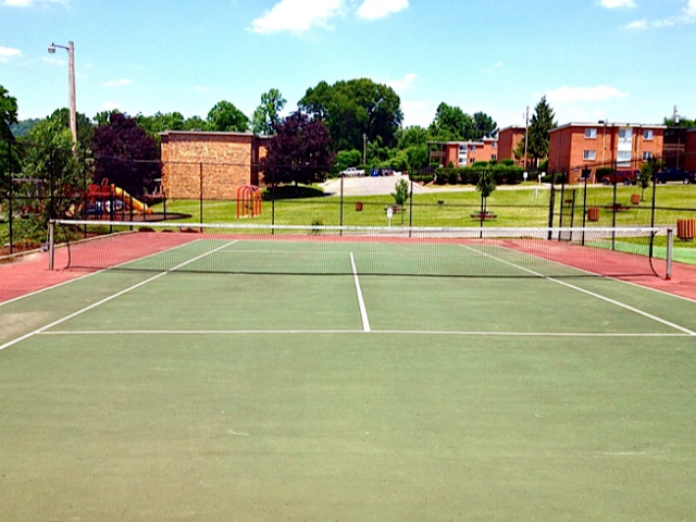 Image of Tennis Court for Timberline Apartments