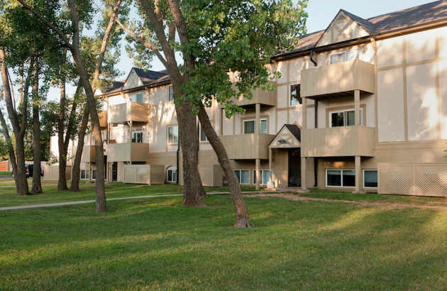 Apartments in Wichita For Rent | Farmington Place