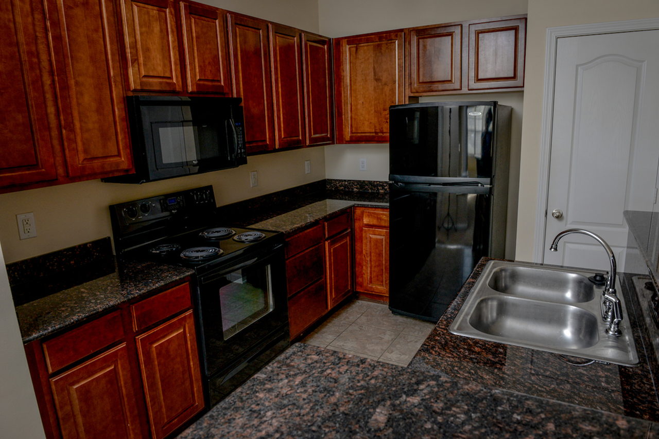 Image of Black Appliances for Arlington West